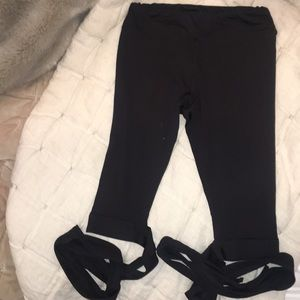 Pants - Black workout leggings size small super cute